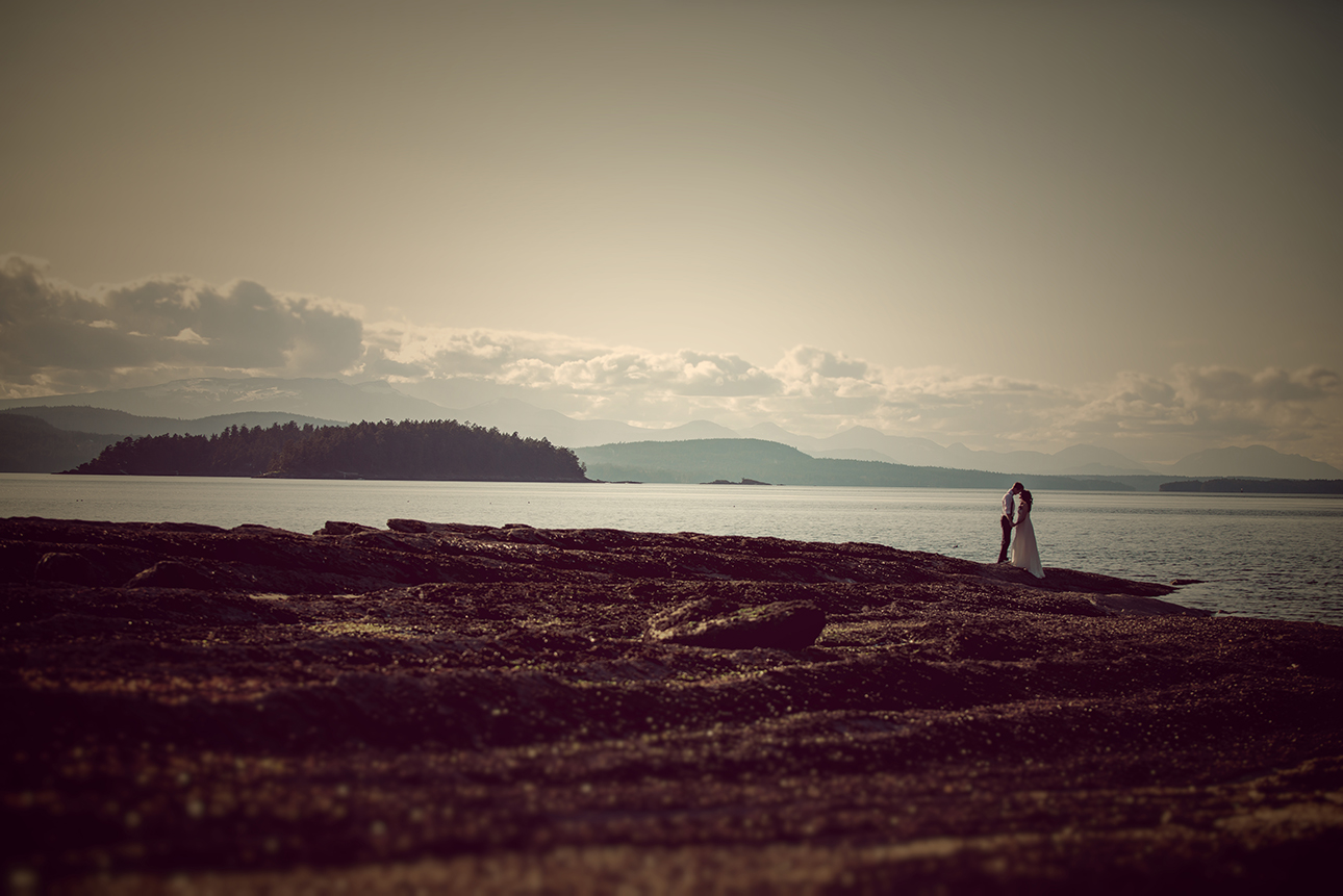 Galiano Weddings gulf islands BC phtographers