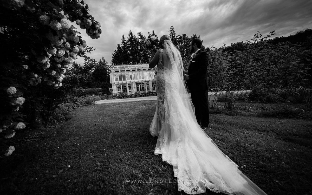 wedding-photographers-victoria-bc-starling-lane-winery-JEN-STEELE-PHOTOGRAPHY