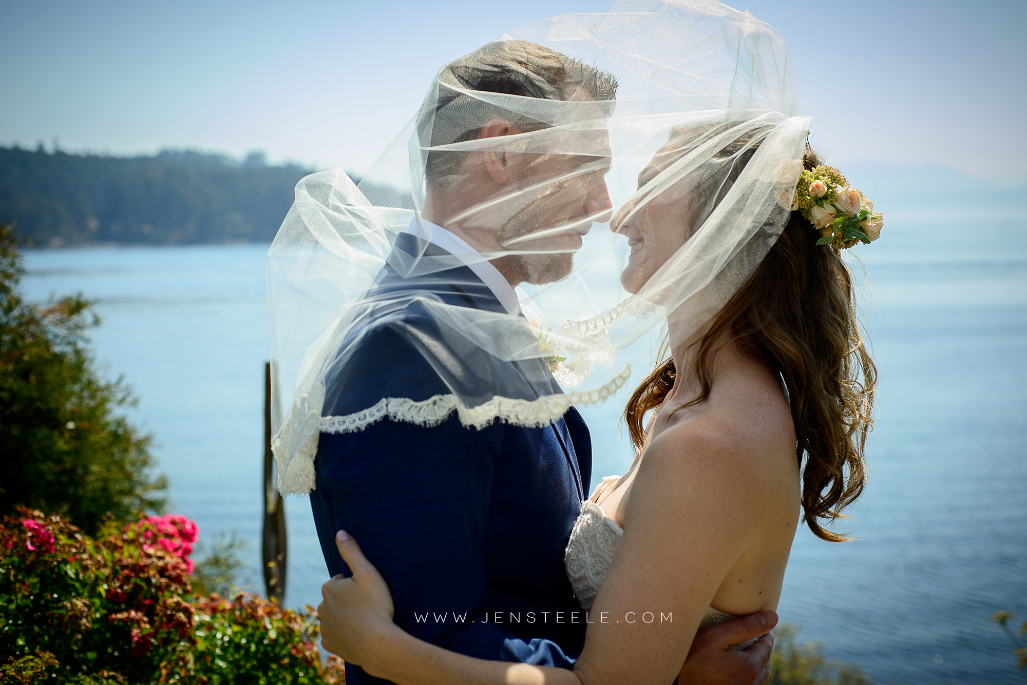 SOOKE-HARBOUR-HOUSE-ELOPEMENT-WEDDING-PHOTOGRAPHERS-VICTORIA-BC-JEN-STEELE